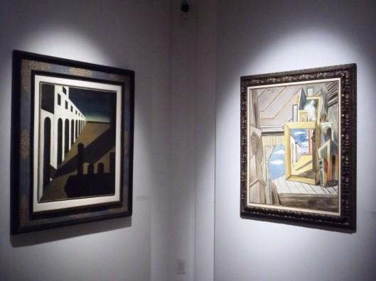 Giorgio De Chirico, La matinee angoissante (1912) e Interno metafisico (1926)